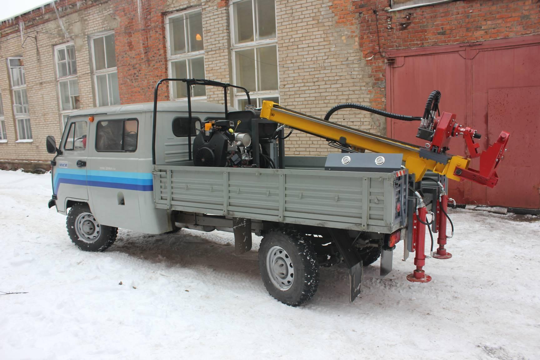 Маневренная Буровая Машина МБМ-230 (Буравчик)
